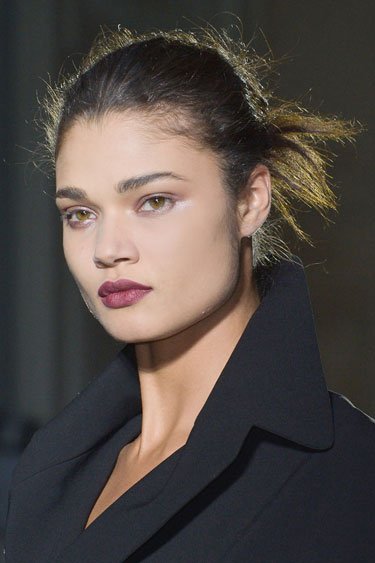 hbz-fw13-makeup-trend-wine-hued-lips-Vaccarello-clp-RF13-4035-lgn