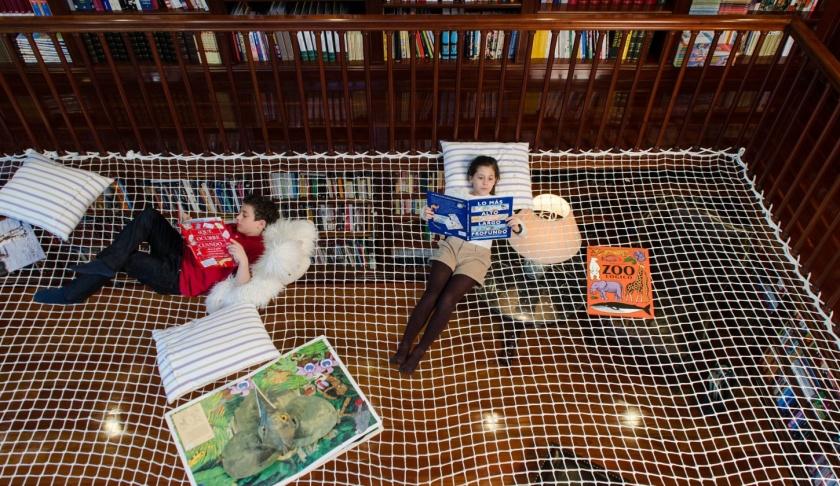 Red de lecutra- Cómo convertir una biblioteca familiar muy tradicional en un sitio atractivo para los niños.