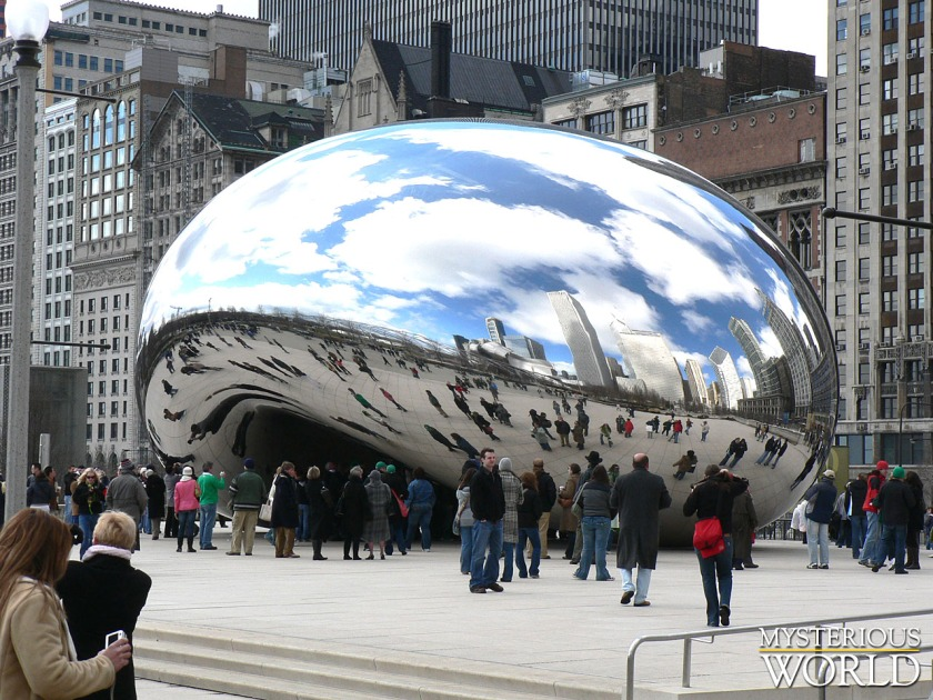 30-Amazing-Cloud-Gate-Sculpture-Photos-33.jpg